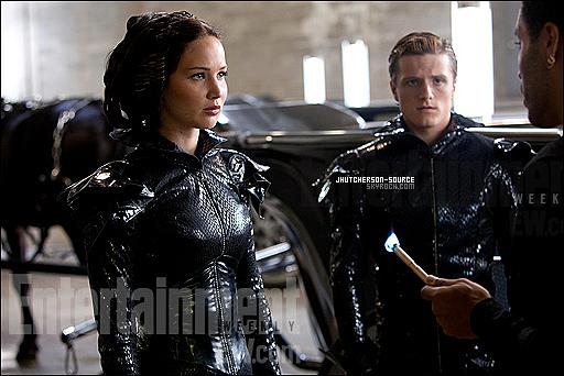 .Découvrez le nouveau photoshoot et la nouvelle photo still de « Hunger Games » ! .