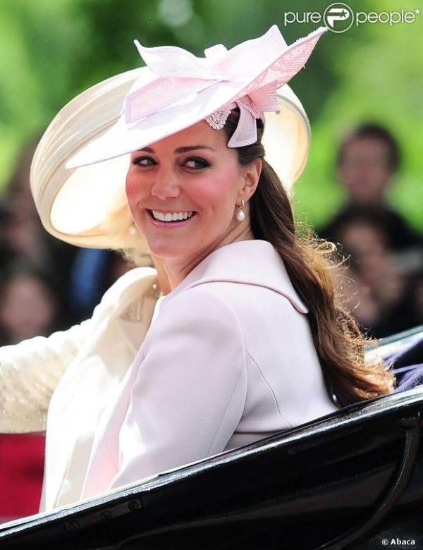 Kate pour le Trooping the Colour 2013