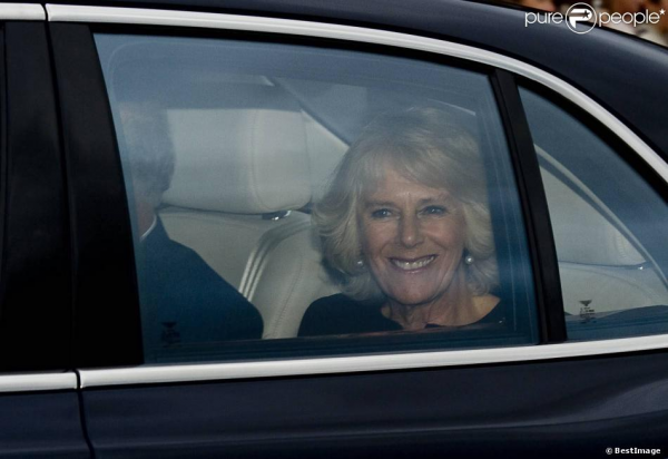Repas à Buckingham Palace pour Noël