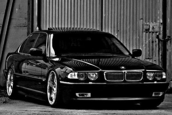 *>>>>BMW<<<<<