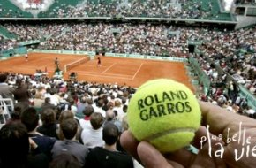 → News   Plus d'interruption pour PBLV : Roland-Garros change de chaîne ! PlusBelleLaVie-Le-Mag©