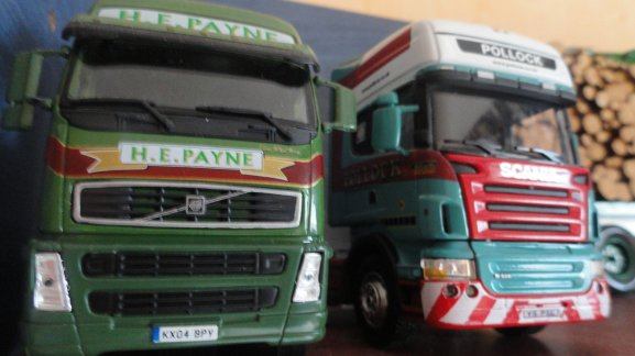DUO VOLVO+SCANIA