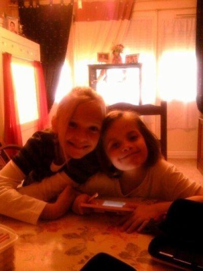 moi et ma cousine julie quan j'avait 10 ans