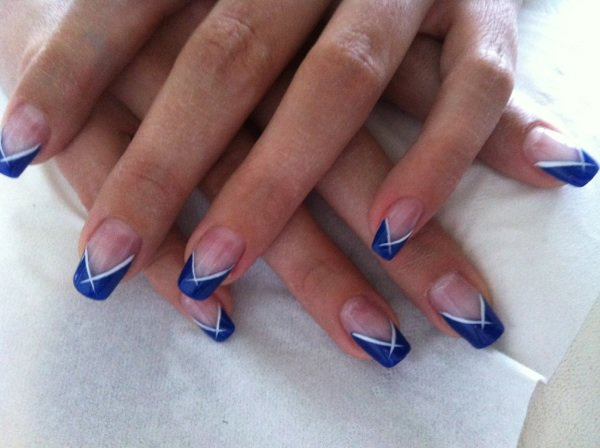 Gel uv bleu for hair nails for Comdecoration pour ongle