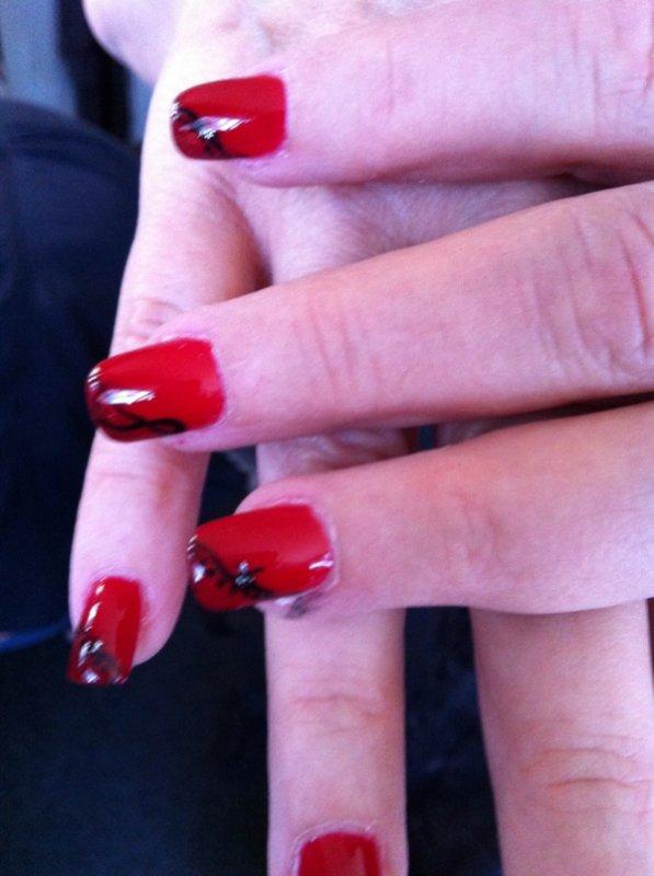Articles de ongles et deco tagg s gel lacquer for hair nails - Ongle rouge et noir ...