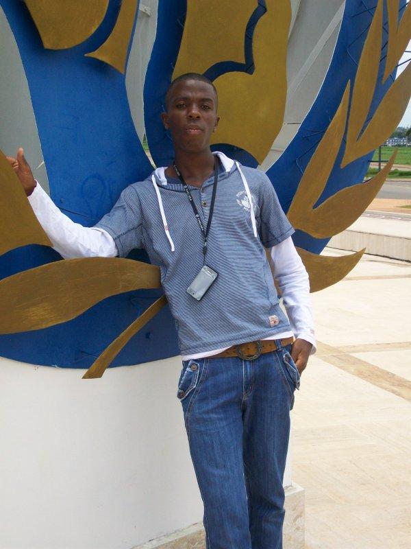 la vie d'une jeune etudiant en transport logistique de 21ans