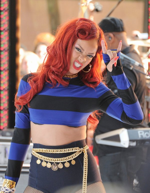"Rihanna Performs On ""Today"" Show In NY"