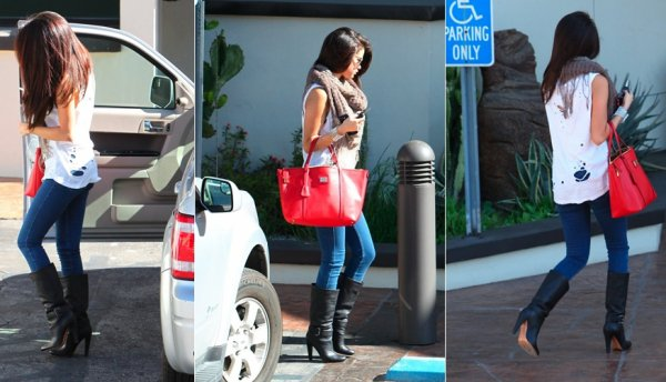 15 février : Selena à Hollywood