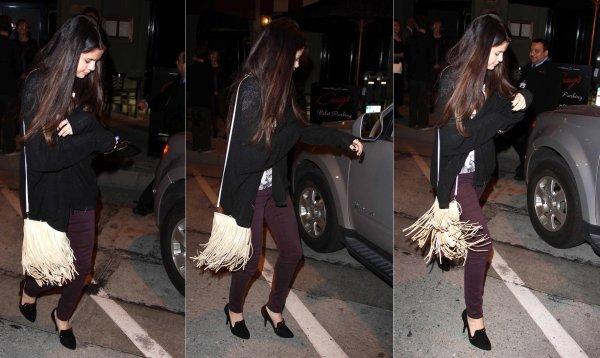 27 février : Selena sortant diner au restaurant Craig's à West Hollywood, en Californie