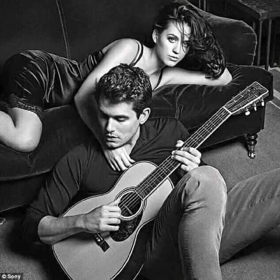 L'amour parfait n'existe pas, les gens parfaits n'existe pas, la femme parfaite n'existe pas ainsi que l'homme parfait n'existe pas. Mais le bonheur parfait se trouve au milieu de ceux qui s'aiment réellement.