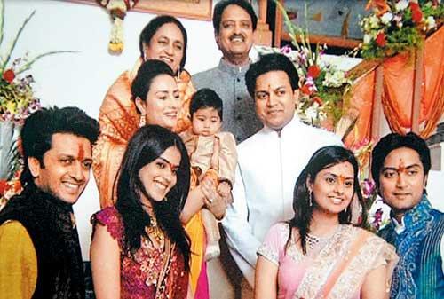 Ritesh Deshmukh Family | Ritesh Genelia Love Affair | Genelia Ritesh Marriage | Ritesh Genelia Pictures | Ritesh Deshmukh |
