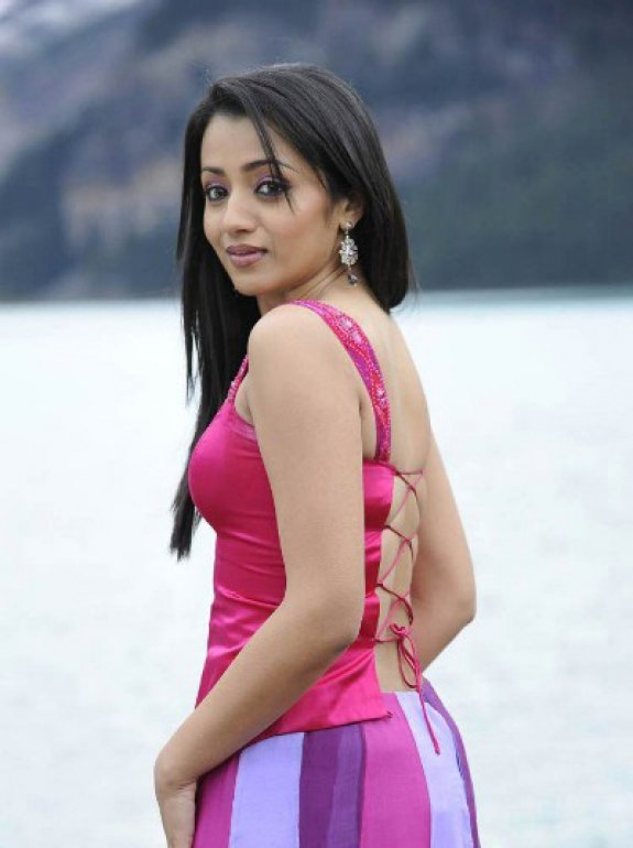 Trisha Hairstyles | Trisha Tamil Actress | Trisha Krishnan Pictures | Trisha In Saree | Trisha Krishnan Dressing |