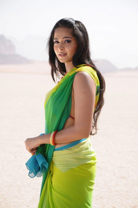 Anushka Shetty Saree   Beautiful Anushka Shetty   Anushka Shetty Photos   Anushka Shetty Pictures   Anushka Shetty Smile  