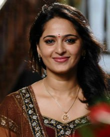 Anushka Shetty Smile | Anushka Shetty Saree | Beautiful Anushka Shetty | Anushka Shetty Photos | Anushka Shetty Pictures |