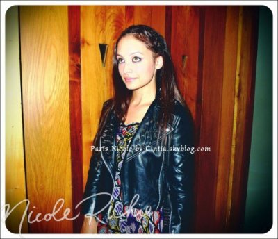 ♥ Nicole R.