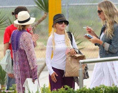 Nicole Richie a passé le week end au Mexique avec Christina Aguilera et Samantha Ronson ! Qu'ont-elles fait pour être si fatiguées ?   Ce week end, Nicole Richie et quelques-unes de ses amies se sont envolées pour Cabo, au Mexique, afin de passer deux jours de fiesta et de détente.