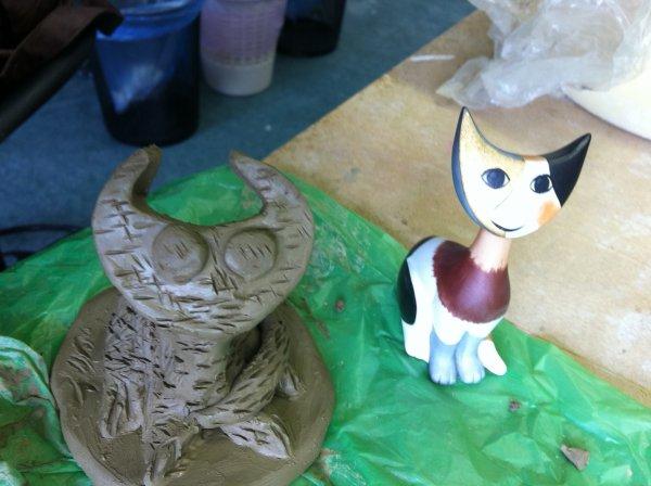 Makink an animal sculpture