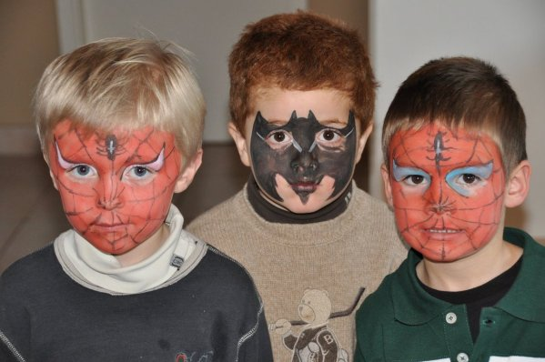 ANIF 26    MAQUILLAGES 3 RESULTATS  2 spiderman et superman maquillage