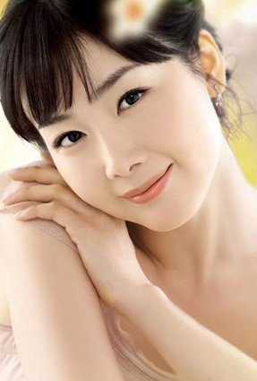 Ha Ji-won(Corée)