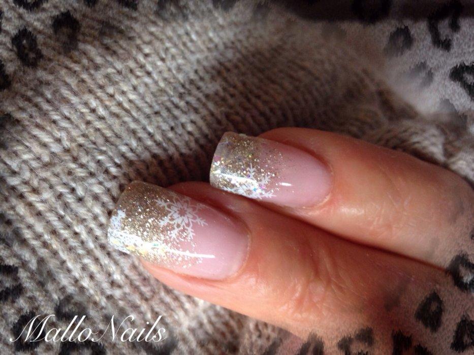 Mallo-Nails