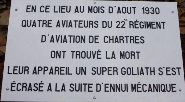 CE MATIN LIVRAISON DE LA GRANDE  PLAQUE DE PATRICK   MEMORIAL DES AVIATEURS