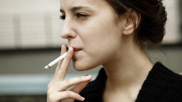 c ki les filles ke tu conais ki fume en cachette ki