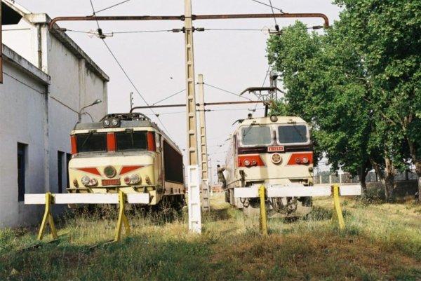 E-1254 et E-1308 à Fes