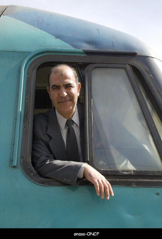 ZM-14 avec Son chef de Train à Casavoyageurs
