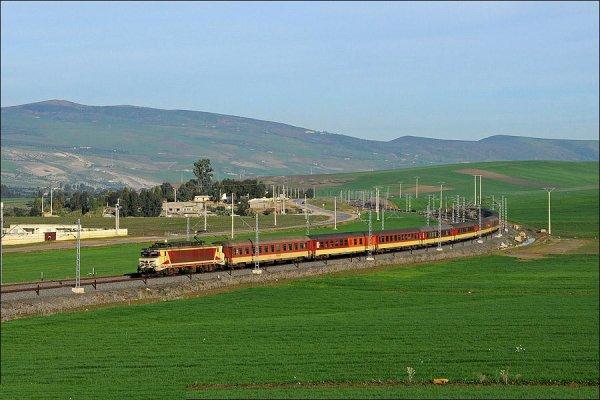 E-1306 Fes - Marrakech - Les Meilleures Locomotives de l'ONCF