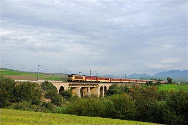 E-1304 - Les Meilleures Locomotives de l'ONCF