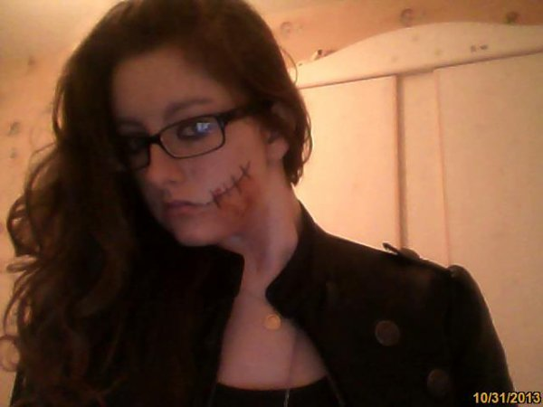 mon '' Maquillage '' D'halloween :p