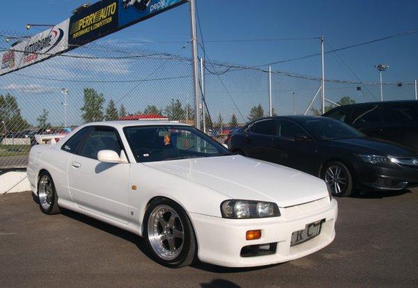 Nissan Skyline GT-T R34