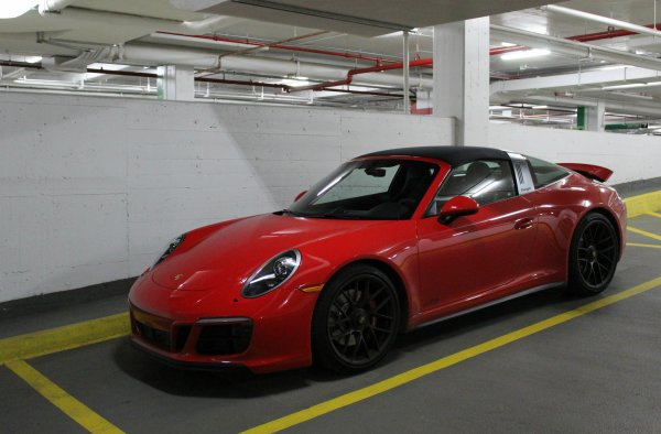 Porsche 911 Targa 4 GTS (991 MkII)