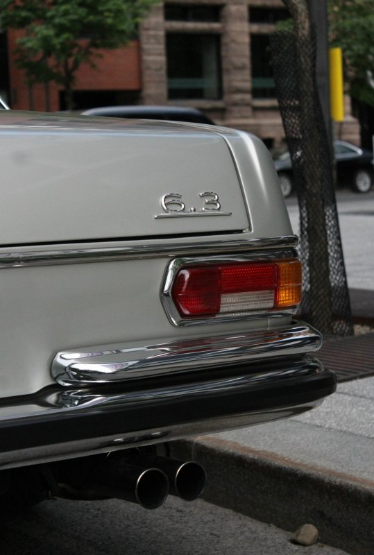 Meredes-Benz 300SEL 6.3 W109