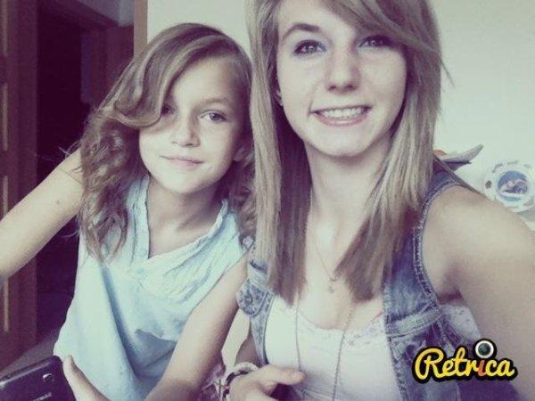 Une vieille photo de moi et ma grande soeur Sandrine :)