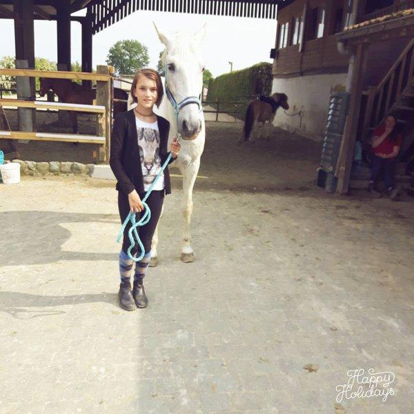 Moi et Pegasus mon cheval <3