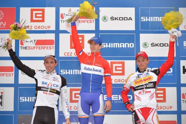 Lars van der Haar remporte la 2 ème manche de la Coupe du Monde de Cyclo-Cross à Tabor !...
