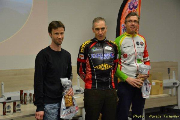 Trophée des Grimpées 2013 : Victoire de Bernard Karcher en catégorie vétérans de 40 à 49 ans !...