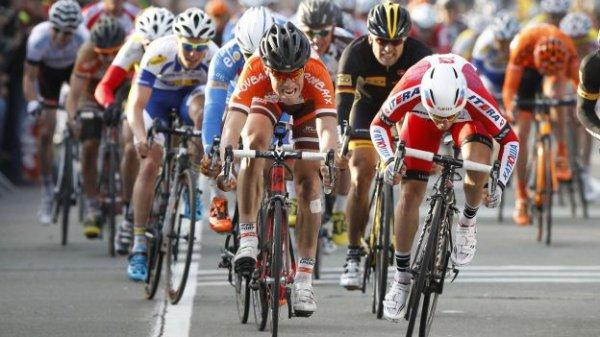 Maxime Vantomme remporte le 46 ème Grand Prix Samyn !...