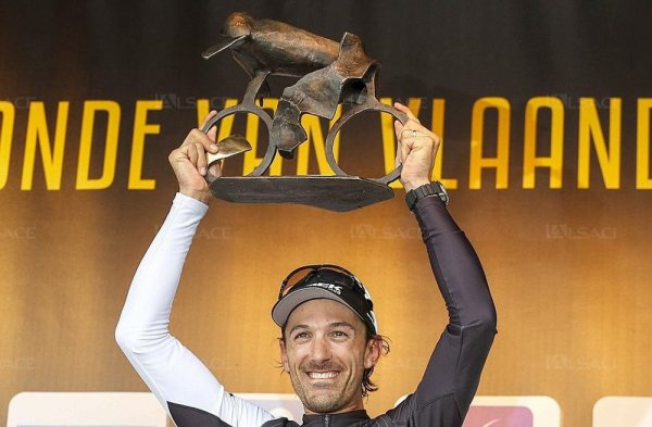 Fabian Cancellara remporte le 98 ème Tour des Flandres !...
