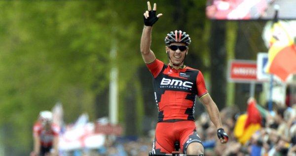 Philippe Gilbert remporte le 49 ème Amstel Gold Race !...