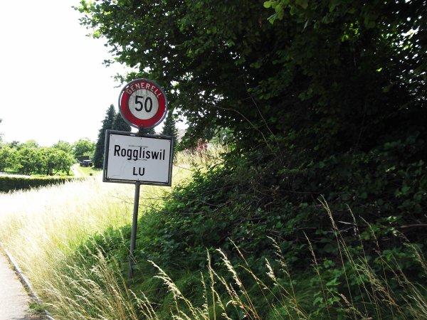 Course nationale de contre-la-montre individuel de « Cyclisme pour Tous » du Championnat de Suisse du Contre-la-Montre Individuel, à Roggliswil, en Suisse !...
