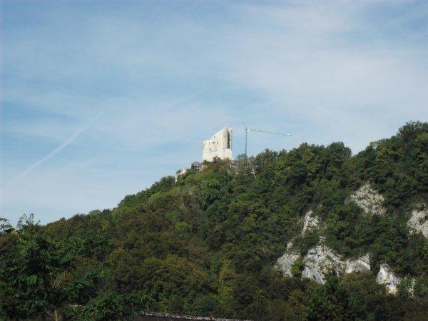 Images de Suisse : Le château de Pfeffingen !...