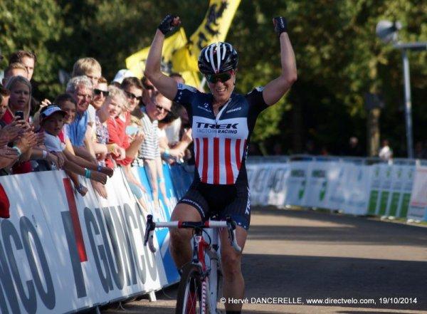 Lars van der Haar remporte la 1 ère manche de la Coupe du Monde de Cyclo-Cross, à Valkenburg, aux Pays-Bas !...