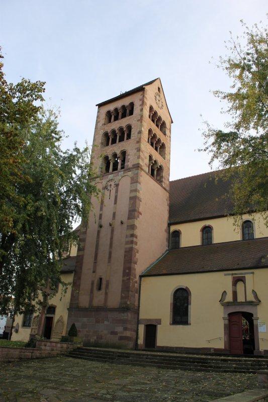 Images du Haut-Rhin : L'église Saint-Sébastien de Soultzmatt et ses sarcophages !...