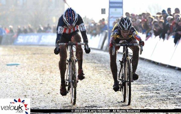 Kevin Pauwels remporte la 3 ème manche de la Coupe du Monde de Cyclo-Cross, à Milton Keynes, en Angleterre !...