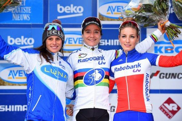 Lars van der Haar remporte la 5 ème et avant-dernère manche de la Coupe du Monde de Cyclo-Cross, à Heusden-Zolder, en Belgique !...