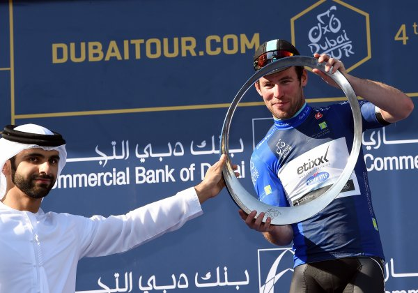 Mark Cavendish remporte le 2 ème Tour de Dubaï !...