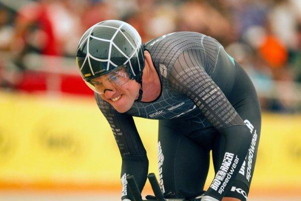 Thomas Dekker échoue dans sa tentative de record de l'heure, « nouveau règlement », avec 52,221 km/h !...