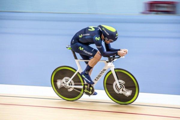 Alex Dowsett, nouveau recordman de l'heure, « nouveau règlement », avec 52,937 km/h !...